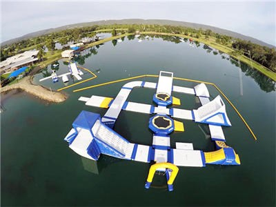 Blue Obstacle Course Water Games , Inflatable Water Park Aqua Park For Luxury Resort Custom Made Forest Aqua Park BY-IWP-014